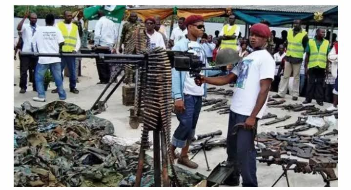 Weapons Are Flooding Into Nigeria As If There Is War — Professor Bolaji Akinyemi Says, Reveals Source Of The Arms