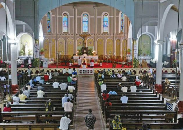 Nigerian Church Bans Wedding of Unemployed Couples, Says Couple Must Come With A Personal Bank Statement
