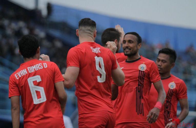 Persija vs Madura United- LIVE