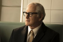 """DC's Legends of Tomorrow -- """"Night of the Hawk"""" -- Image LGN108b_0046.jpg -- Pictured: Victor Garber as Professor Martin Stein -- Photo: Katie Yu/The CW -- © 2016 The CW Network, LLC. All Rights Reserved"""