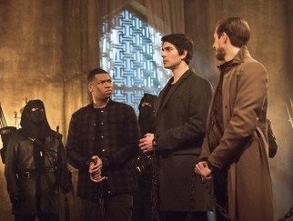"""DC's Legends of Tomorrow -- """"Left Behind"""" -- Image LGN109C_0153b.jpg -- Pictured: Franz Drameh as Jefferson """"Jax"""" Jackson, Brandon Routh as Ray Palmer/Atom and Arthur Darvill as Rip Hunter -- Photo: Dean Buscher/The CW -- © 2016 The CW Network, LLC. All Rights Reserved."""