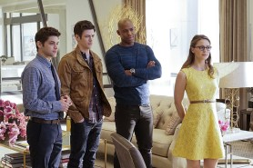 """""""Worlds Finest"""" -- Kara gains a new ally when the lightning-fast superhero The Flash suddenly appears from an alternate universe and helps Kara battle Siobhan, aka Silver Banshee, and Livewire in exchange for her help in finding a way to return him home, on SUPERGIRL, Monday, March 28 (8:00-9:00 PM, ET/PT) on the CBS Television Network. Pictured left to right: Jeremy Jordan, Grant Gustin, Mehcad Brooks and Melissa Benoist Photo: Robert Voets/Warner Bros. Entertainment Inc. © 2016 WBEI. All rights reserved."""