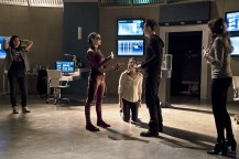 "The Flash -- ""Trajectory"" -- Image FLA216b_0041b -- Pictured (L-R): Carlos Valdes as Cisco Ramon, Allison Paige as Trajectory, Violett Beane as Jesse, Tom Cavanagh as Harrison Wells, and Danielle Panabaker as Caitlin Snow -- Photo: Katie Yu/The CW -- © 2016 The CW Network, LLC. All rights reserved."