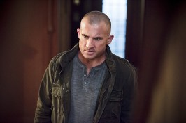 """DC's Legends of Tomorrow -- """"Last Refuge""""-- Image LGN112a_0383b.jpg -- Pictured: Dominic Purcell as Mick Rory/Heat Wave -- Photo: Dean Buscher/The CW -- © 2016 The CW Network, LLC. All Rights Reserved."""
