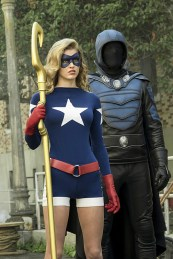 "8DC's Legends of Tomorrow --""The Justice Society of America""-- Image LGN202a_0033.jpg -- Pictured: (L-R): Sarah Grey as Stargirl and Dan Payne as Obsidian -- Photo: Katie Yu/The CW -- © 2016 The CW Network, LLC. All Rights Reserved."