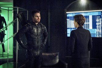 """Arrow -- """"Penance"""" -- Image AR504b_0343b.jpg -- Pictured (L-R): Stephen Amell as Oliver Queen and Audrey Marie Anderson as Lyla Michaels -- Photo: Dean Buscher/The CW -- © 2016 The CW Network, LLC. All Rights Reserved."""