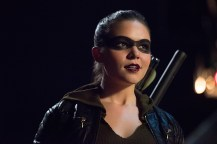 """Arrow -- """"Human Target"""" -- Image AR505b_0139.jpg -- Pictured: Madison McLaughlin as Evelyn Sharp/Artemis -- Photo: Dean Buscher/The CW -- © 2016 The CW Network, LLC. All Rights Reserved."""