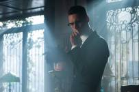 GOTHAM: Cory Michael Smith in the ÒMad City: Red QueenÓ episode of GOTHAM airing ÒMad City: Blood RushÓ episode of GOTHAM airing Monday, Nov. 7 (8:00-9:01 PM ET/PT) on FOX. Cr: Jeff Neumann/FOX.