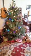 big house = big Christmas tree