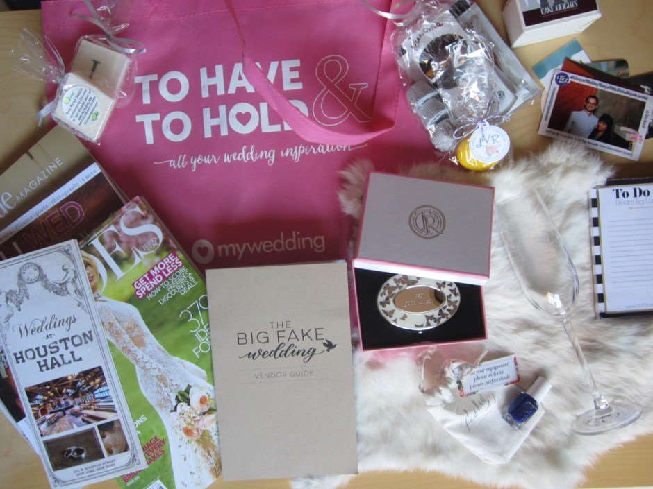 TheBigFakeWedding Gift Bag (6)