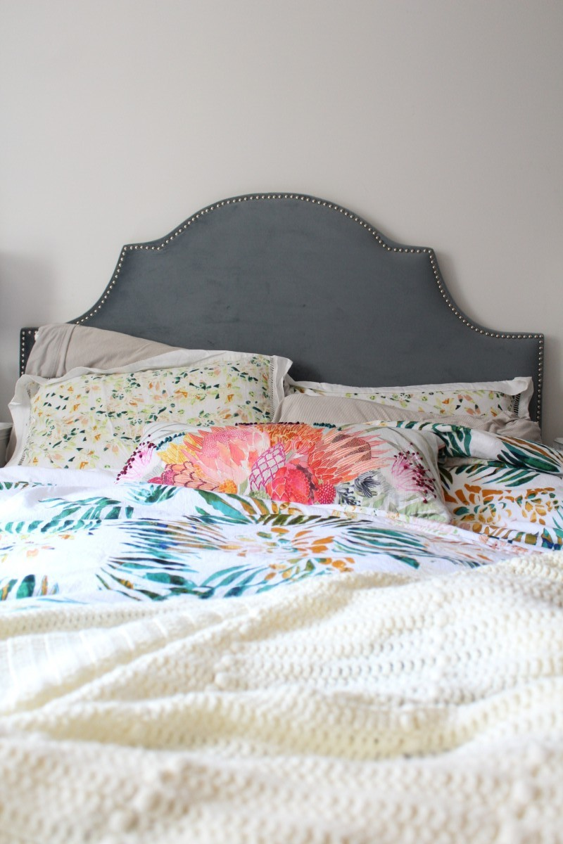 we heart beauty bedroom - bedding: aprile duvet by anthropologie, tufted velvet headboard from onekingslane