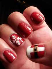 holly jolly christmas nail
