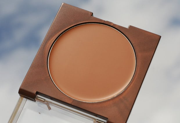 COVERGIRL TruMagic 7 COVERGIRL TruMagic, The Luminizer and The Sun Kisser   Swatches and Review