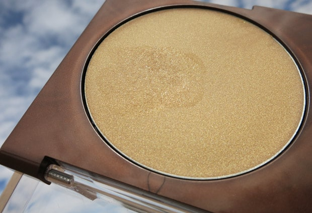 COVERGIRL TruMagic 8 COVERGIRL TruMagic, The Luminizer and The Sun Kisser   Swatches and Review