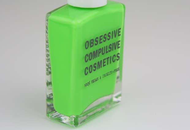 OCC Plastic Passion 6 Deven Green OCC Plastic Passion   Swatches and Review