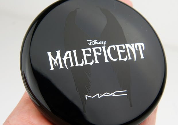 MAC Maleficent 16 natural beauty powder  Even a heroine could be tempted by the MAC Maleficent collection!