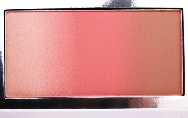 IT Cosmetics Confidence In Your Glow Blushing Bronzer Instant Warm Glow IT Cosmetics Confidence In Your Glow Blushing Bronzer swatches and review