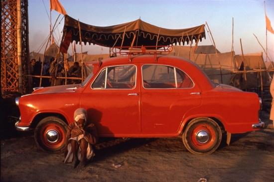 Raghubir Singh (1942-1999) Pilgrim and Ambassador, Prayag, Uttar