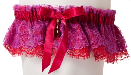 Miss Jones garter