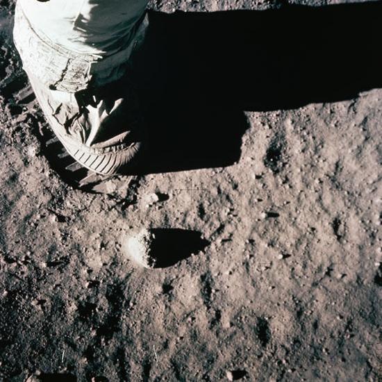 Astronauts feet on the moon