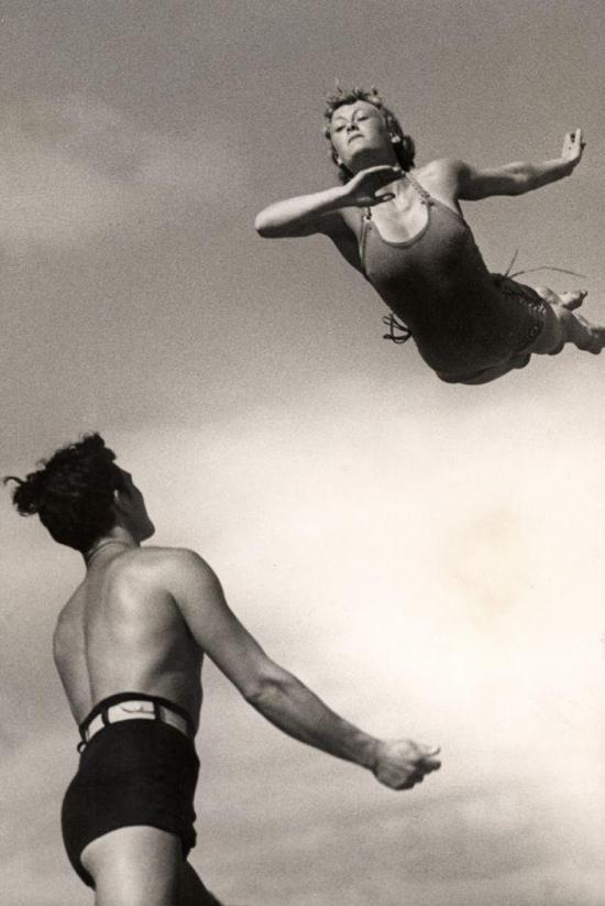 1930s acrobatics