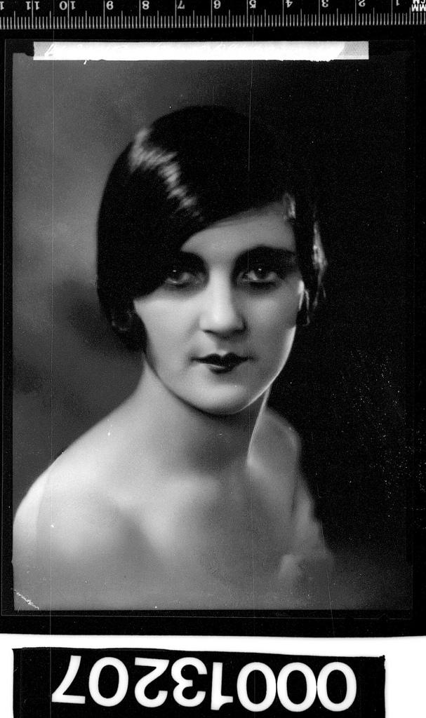 1930s photo portrait