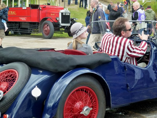 Classic cars and vintage fashion