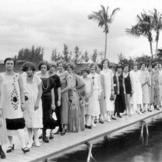 Miss Bobbed Hair, 1925 (and all the other contestants)