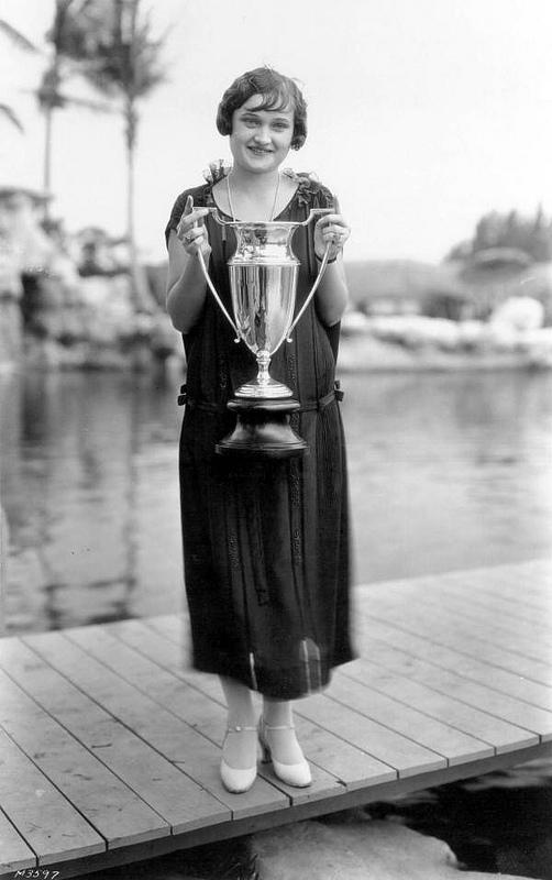 1920s bobbed hair contest winner