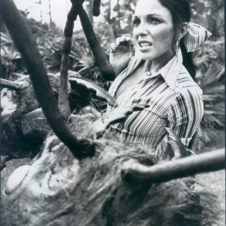 Joan Collins being attacked by Giant Ants