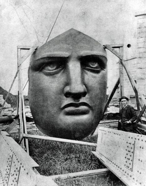 Building the Statue of Liberty's face