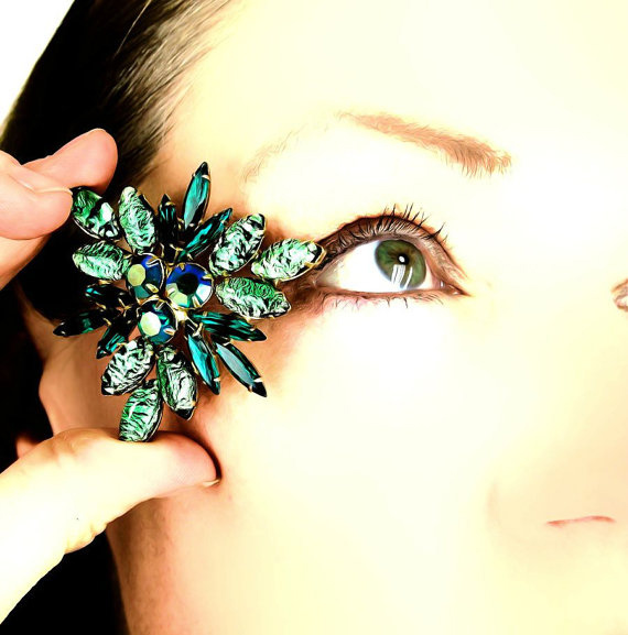 Vintage Foiled Green Rhinestone Triangle Brooch