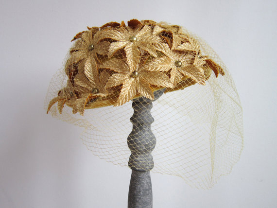 Vintage 1950s Fascinator Hat / Gold Flower Fascinator Hat with Veil by Miss Sally Victor