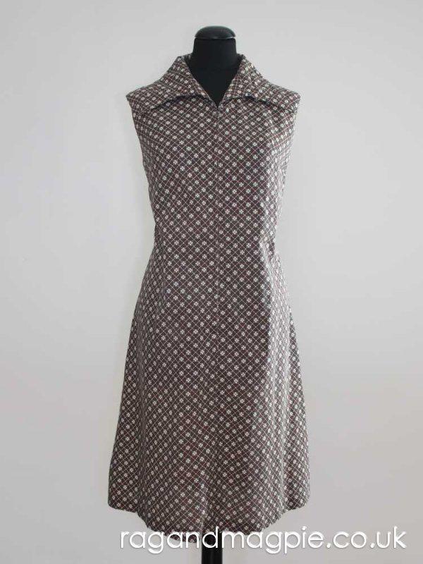 1970s Brown Wing Collar Zip Front Dress