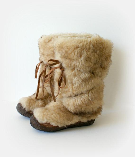 1970s Vintage Fur Boots