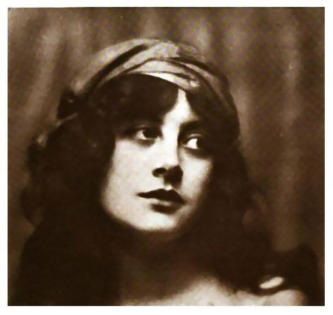 Silent Movie actress Malvina Longfellow