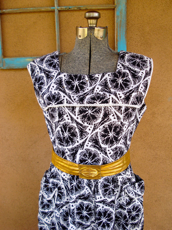 Vintage 1950s Dress Black and White Atomic Print