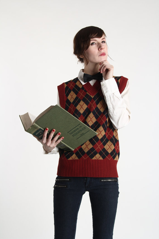 Argyle Sweater Vest . Red Black Knit Top 1970s