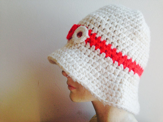 1960s 1970s Vintage Red White Bucket Boho Hat