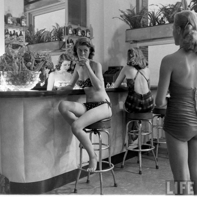 Indoor sunbathing 1940s