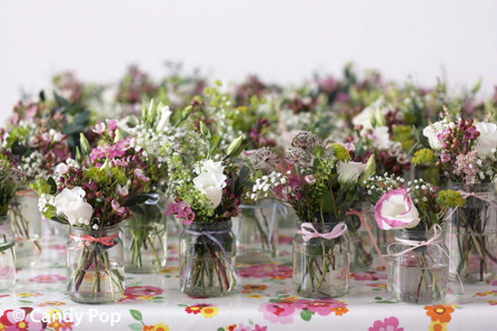 Your Vintage Wedding: How To Decorate Your Venue