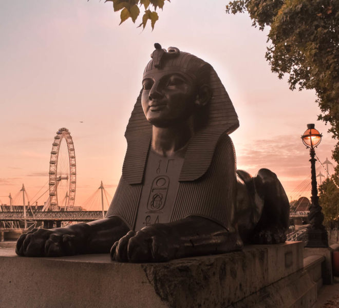 London Themse Sphinx