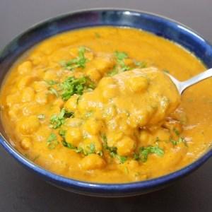 Healthy Chana Masala Gravy - How To Make Chana Masala Recipe - Chole Masala | Skinny Recipes