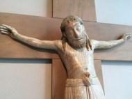 Kruzifix - 12. Jahrhundert / Elfenbein