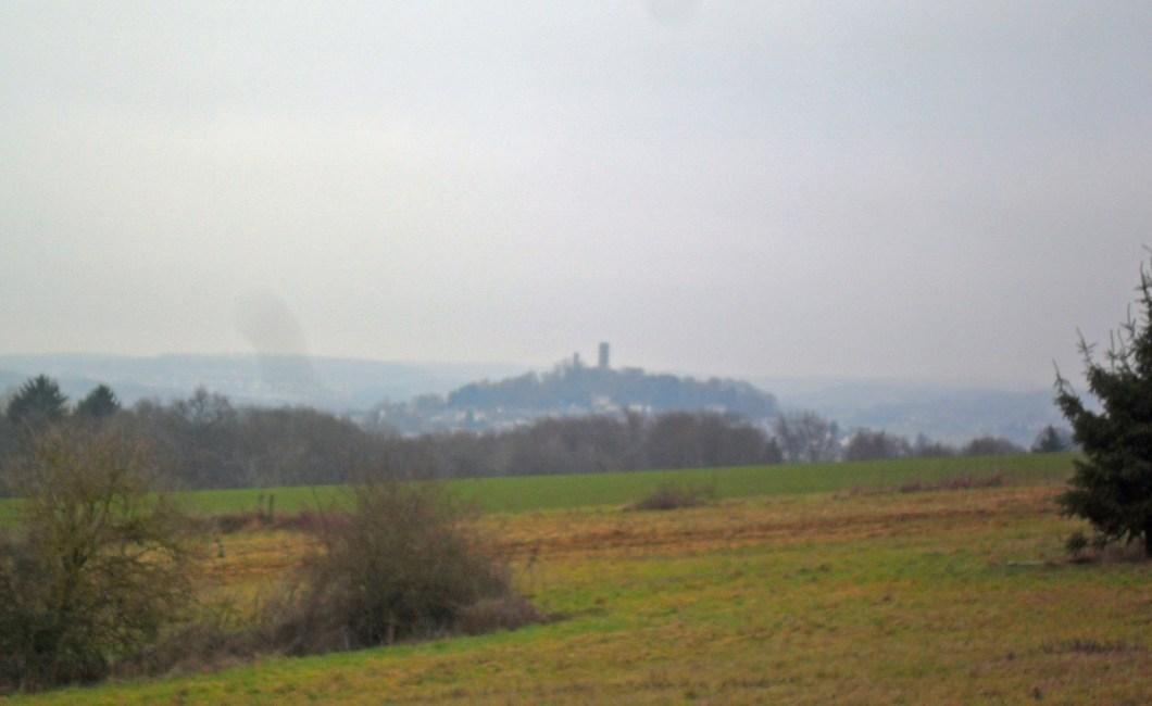 Blick zur Burg Merenberg