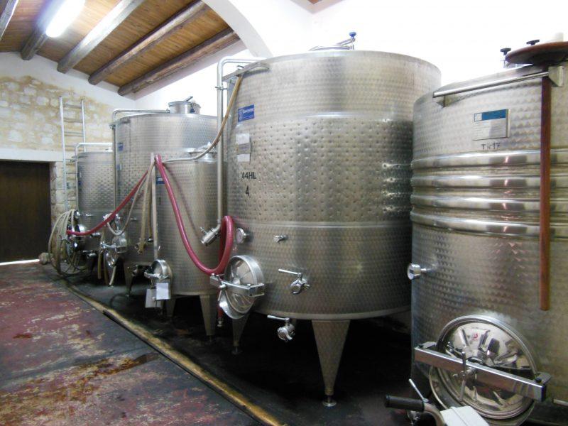 Armosa Weingut Anlagen