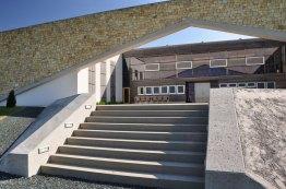 Arachonkeller Eingang