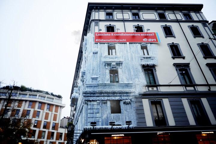 aotw1-palazzo-ghiacciato-e.on-mcsaatchi-13dicembre2016.jpg