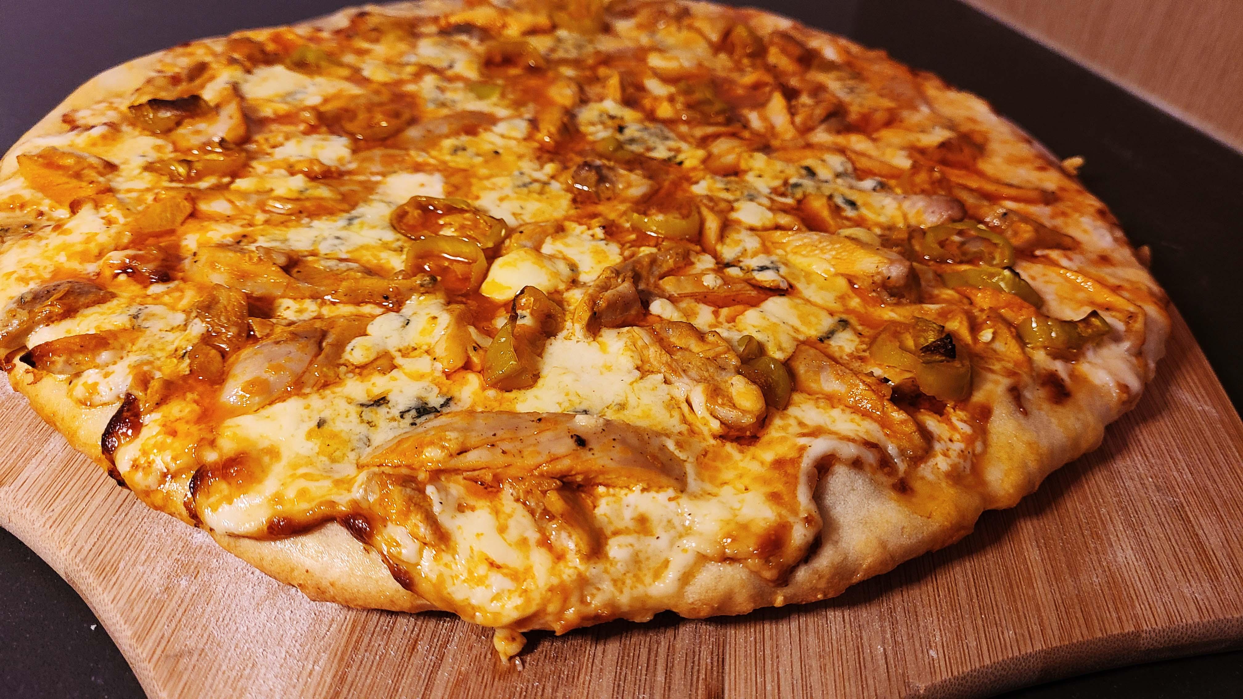 Buffalo Chicken Pizza Recipe… with a twist