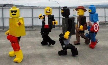 Lego Cosplay Awesomeness